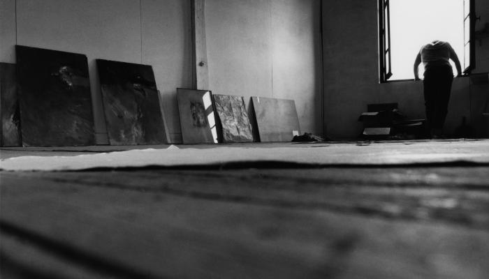Image Denis Godefroy dans son atelier